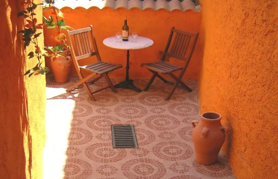 Rue du chateau, Lovely and comfortable house in Beziers, Languedoc-Roussillon, France for 5 persons...