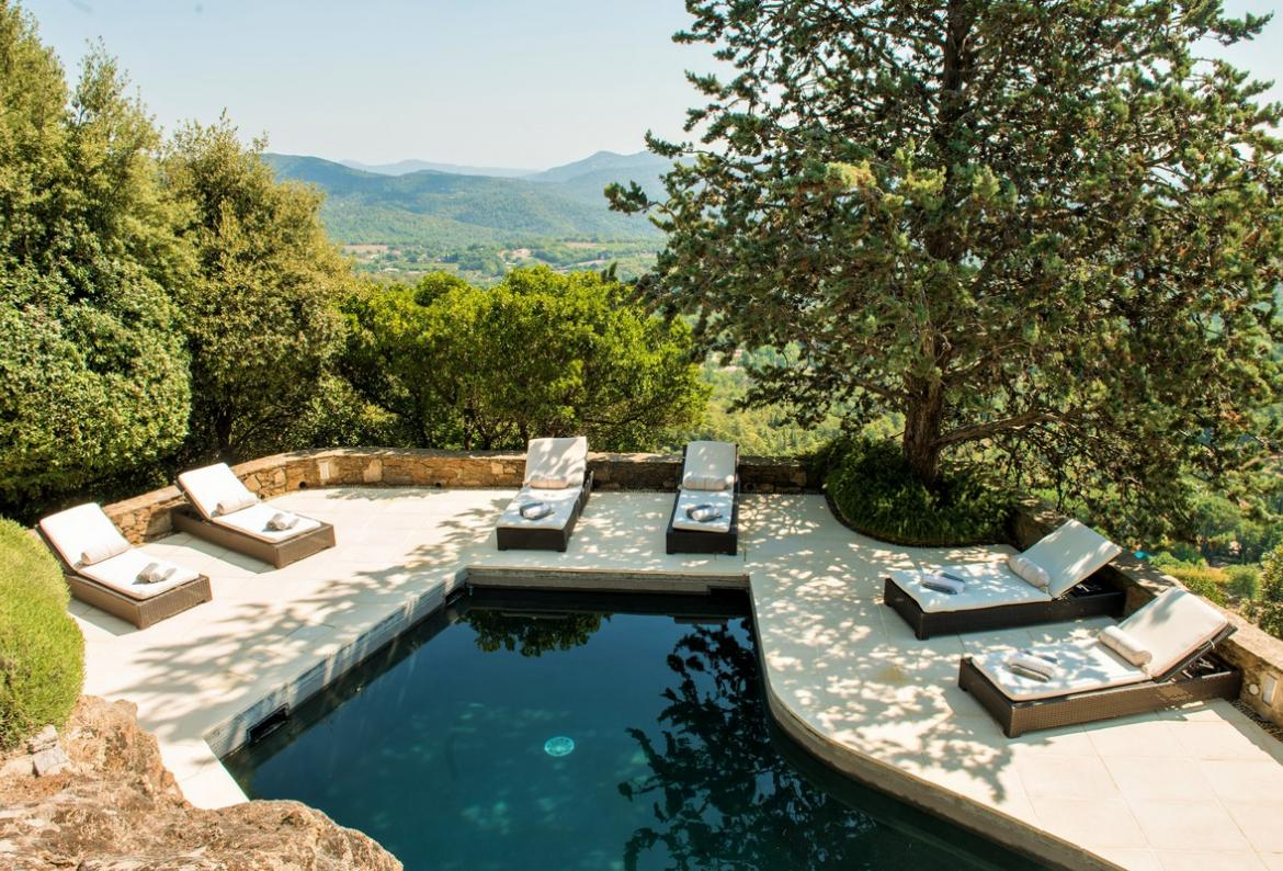 Le haut refren, Wonderful and  luxury villa  with heated pool in La Garde Freinet, on the Cote d'Azur, France for 10 persons...