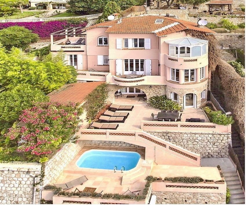 Villa oursinade, Luxury villa  with heated pool in VilleFranche Sur Mer, on the Cote d'Azur, France for 9 persons...