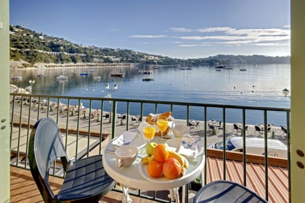 Bella vista apartment, Lovely and comfortable apartment in VilleFranche Sur Mer, on the Cote d'Azur, France for 4 persons...