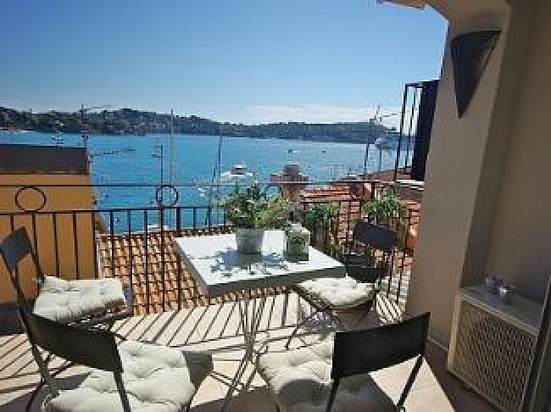 Artistes tresor, Lovely and comfortable apartment in VilleFranche Sur Mer, on the Cote d'Azur, France for 6 persons...