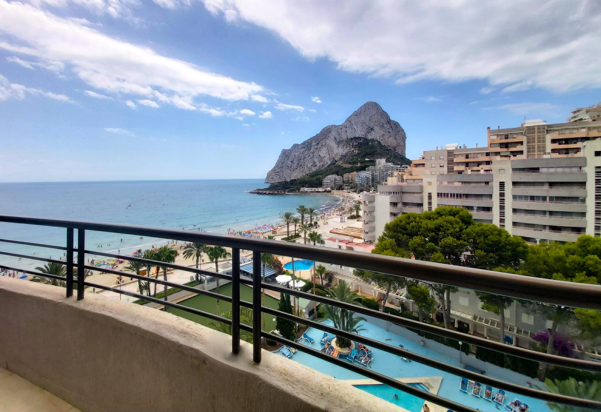 Apartamento Paraiso Mar 39D, Apartment in Calpe, on the Costa Blanca, Spain  with communal pool for 6 persons.....