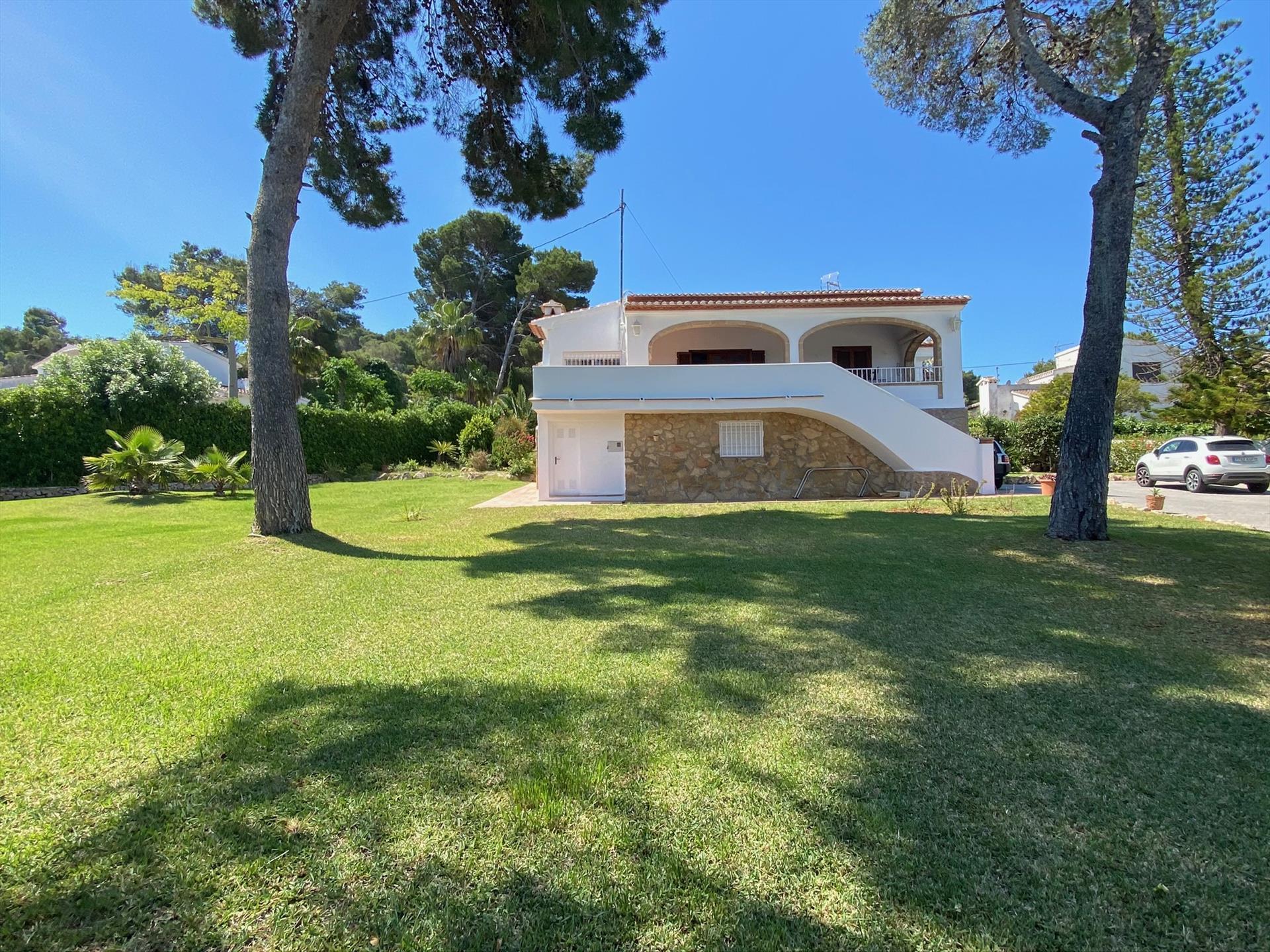 Villa Mexico,Villa grande y graciosa  con piscina privada en Javea, en la Costa Blanca, España para 16 personas.....