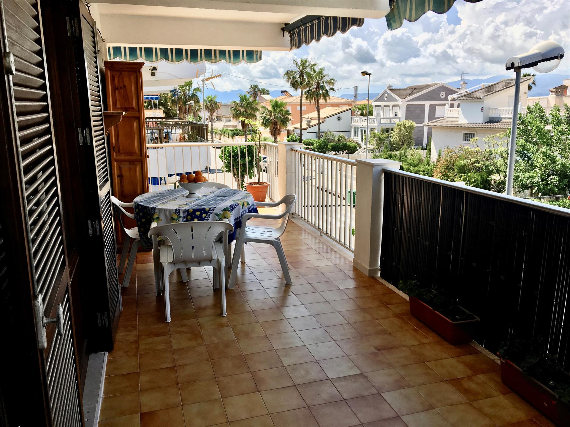 AP475 Via de Ronda Pau Pi,Rustic and comfortable apartment in Oliva, on the Costa Blanca, Spain for 5 persons.....