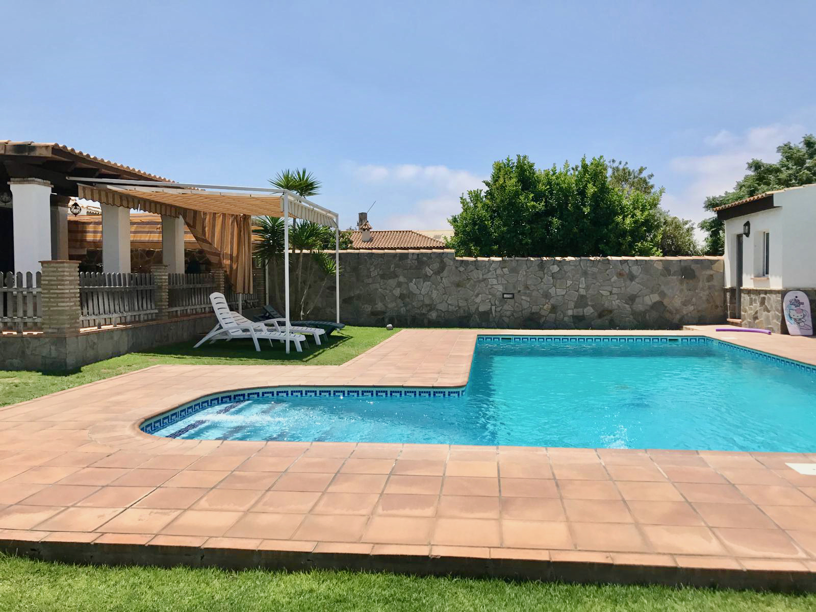 Cerradura, Beautiful and comfortable villa in Chiclana de la Frontera, Andalusia, Spain  with private pool for 8 persons.....