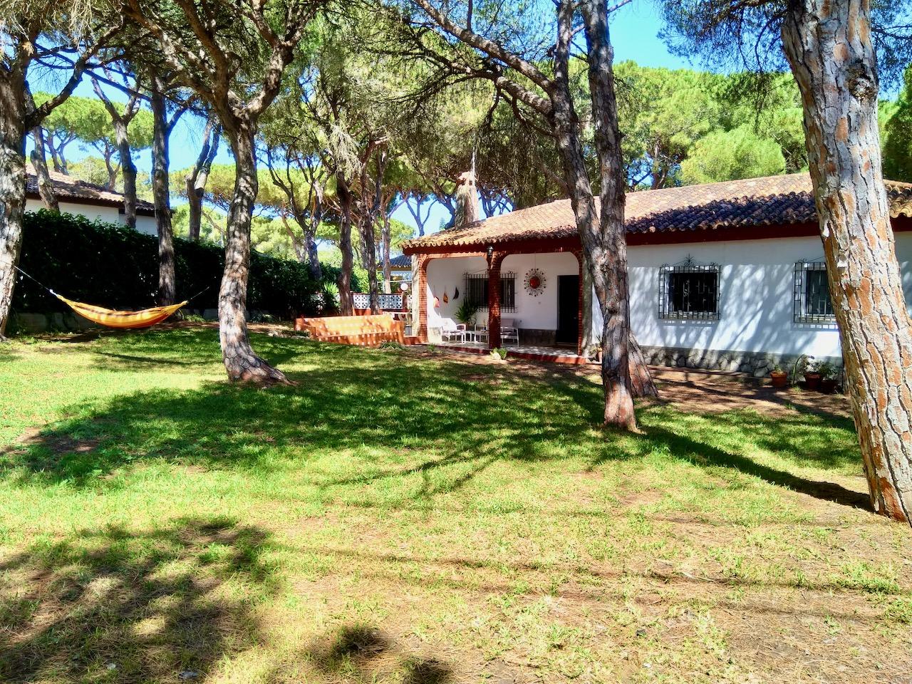 Carbonero,Casa rústica y confortable en Chiclana de la Frontera, Andalucía, España  con piscina privada para 6 personas.....