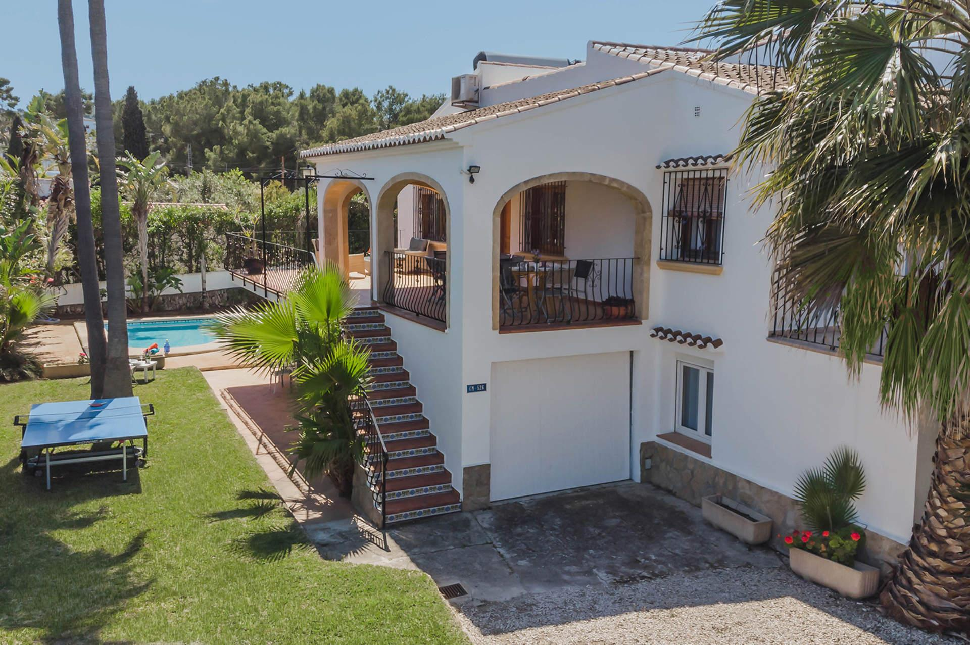 Florneu 8 pax, Large and nice villa in Javea, on the Costa Blanca, Spain  with private pool for 8 persons.....
