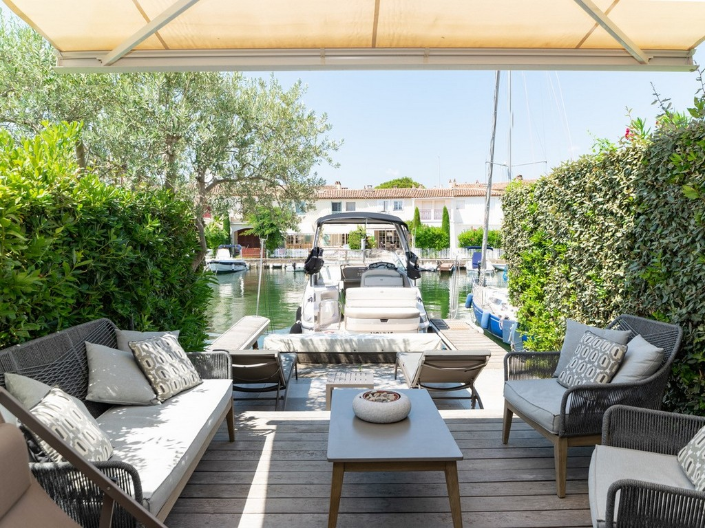 La maison blanche, Modern and comfortable holiday house in Grimaud, on the Cote d'Azur, France for 6 persons...