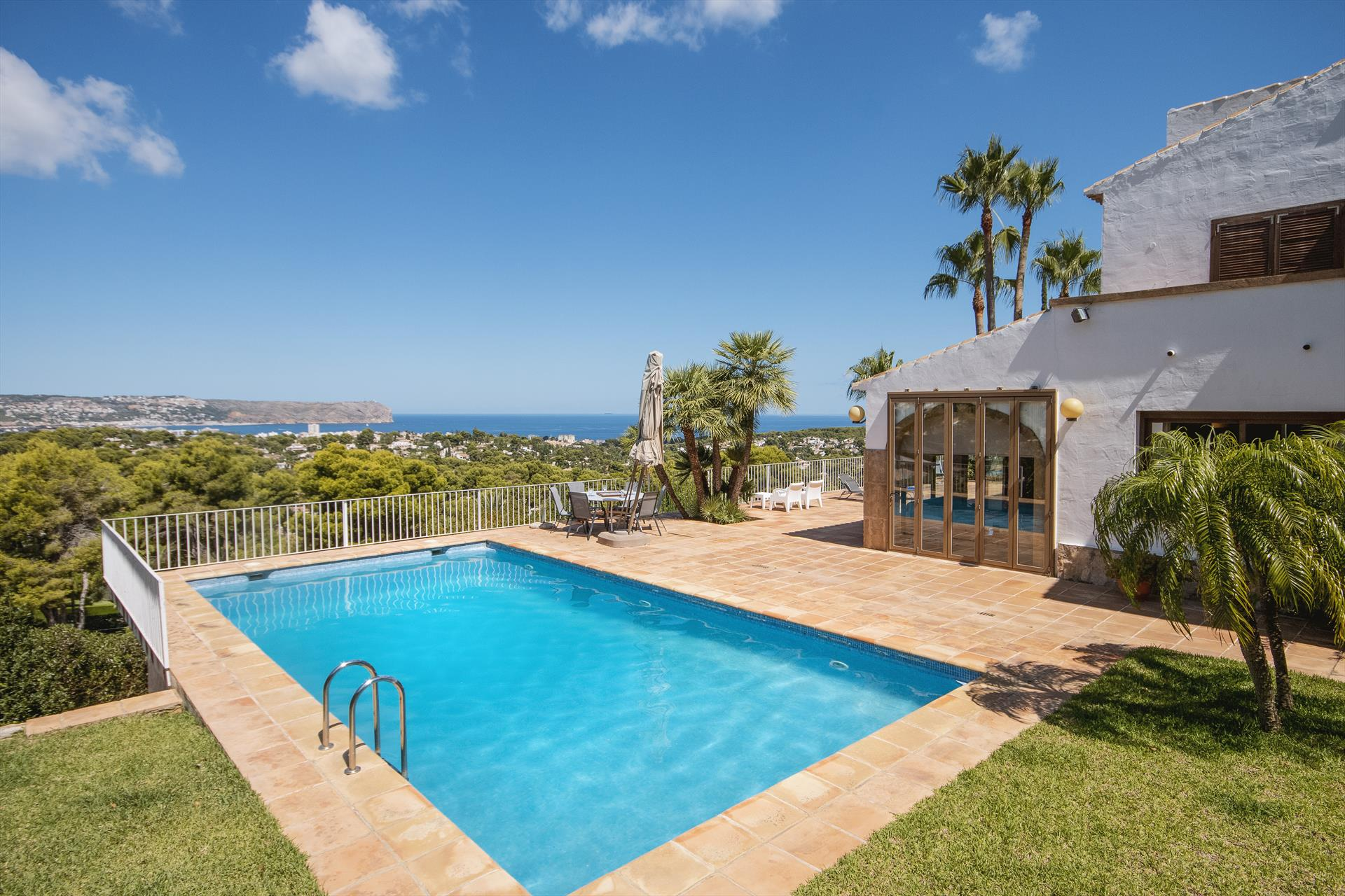 Bell Lloc 6 pax, Wonderful and comfortable villa in Javea, on the Costa Blanca, Spain  with private pool for 6 persons.....