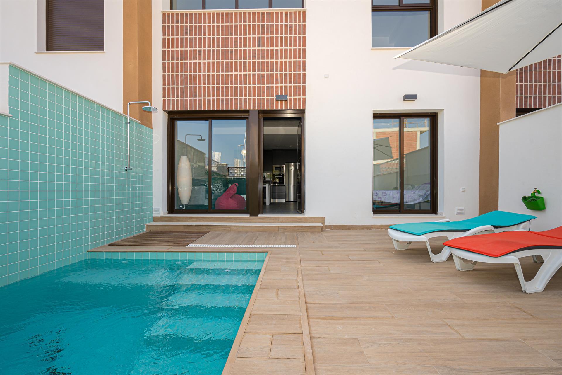 Casa Thai,Modern villa in Pilar de la Horadada, on the Costa Blanca, Spain  with private pool for 6 persons.....