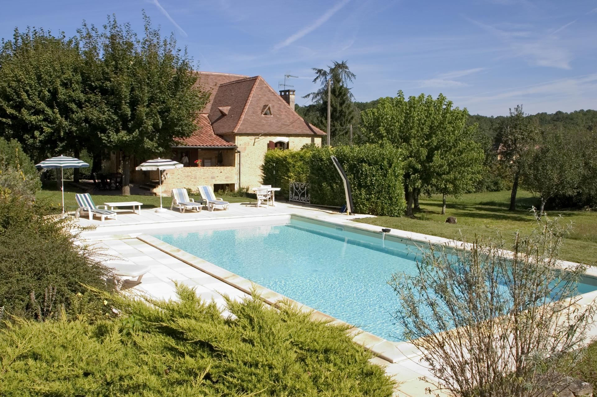 Senieur,Beautiful and cheerful villa  with private pool in St Avit Senieur, Dordogne, France for 7 persons...