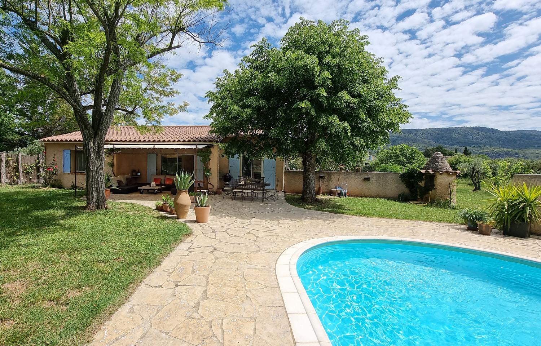 Rosa,Maison de vacances charmante et intime  avec piscine privée à Aups, en Provence, France pour 6 personnes...