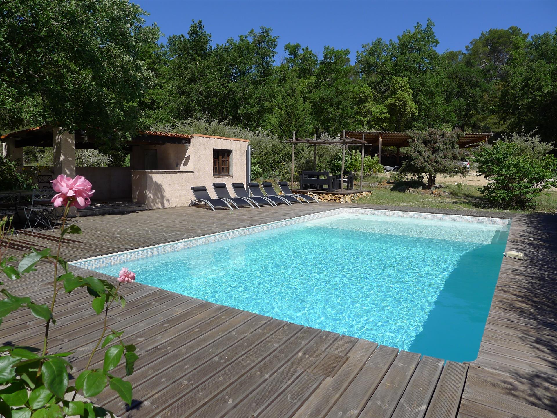 La maioun, Wonderful and cheerful villa in Entrecasteaux, in the Provence, France  with private pool for 10 persons...