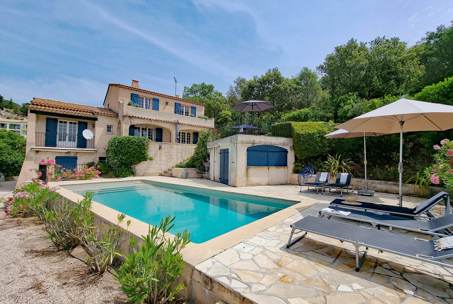 La musardiere, Beautiful and luxury villa in Les Issambres, on the Cote d'Azur, France  with heated pool for 8 persons...