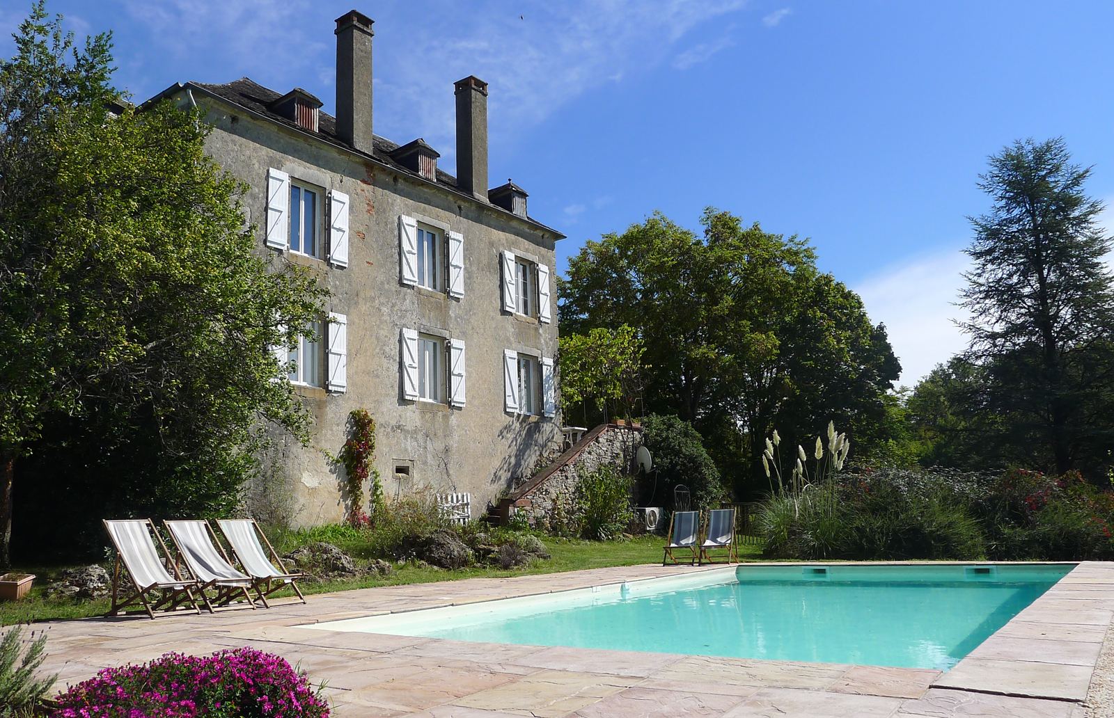 Puymerle,Beautiful and comfortable villa in Bilhac, Aquitaine, France  with private pool for 12 persons...