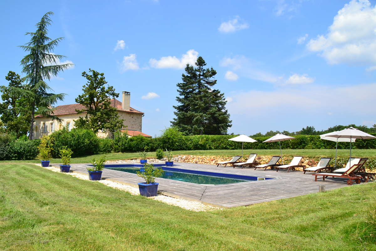 Stan, Wonderful and comfortable villa  with heated pool in Gaugeac, Dordogne, France for 8 persons...