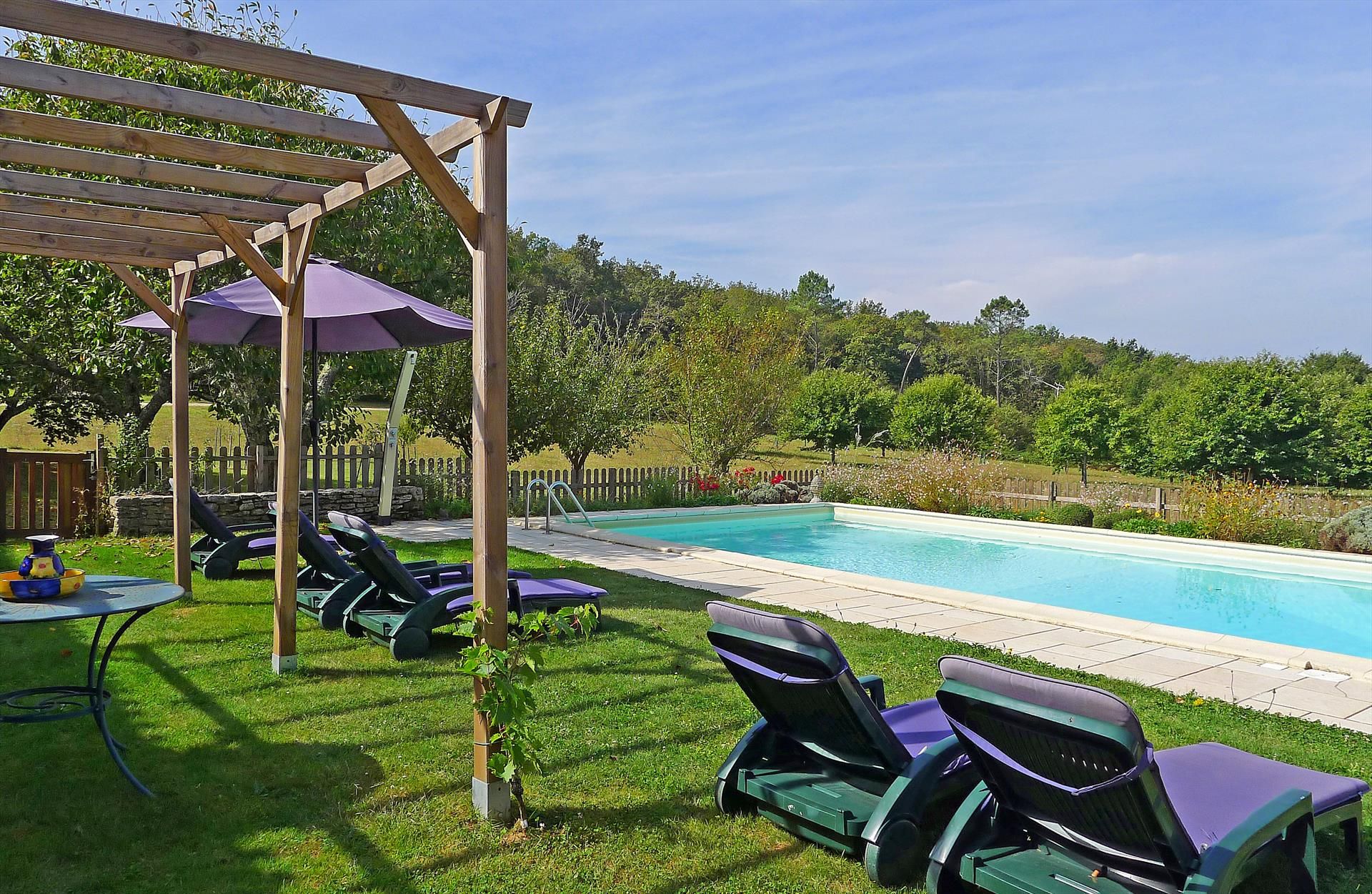 La borie du four, Large and cheerful villa  with heated pool in Villefranche Du Perig., Dordogne, France for 16 persons...