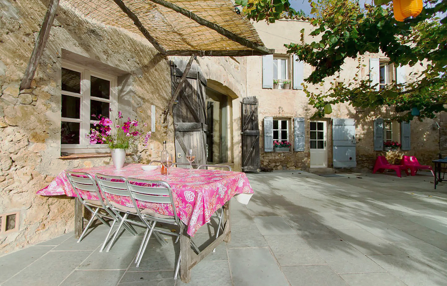 Anne, Rustic and romantic villa in Tourtour, in the Provence, France  with private pool for 6 persons...