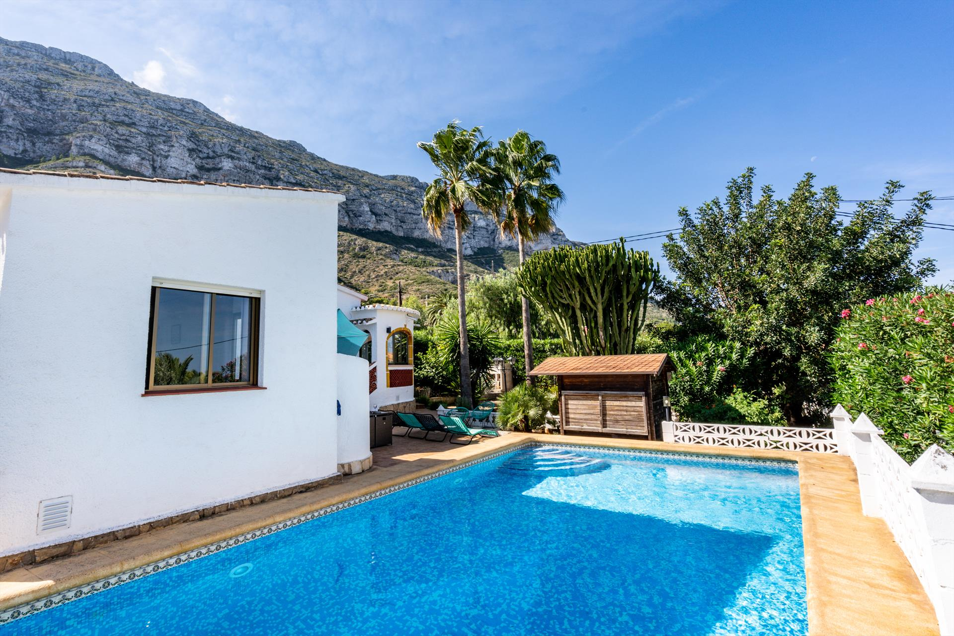 Romana, Large and classic villa in Denia, on the Costa Blanca, Spain  with private pool for 8 persons.....