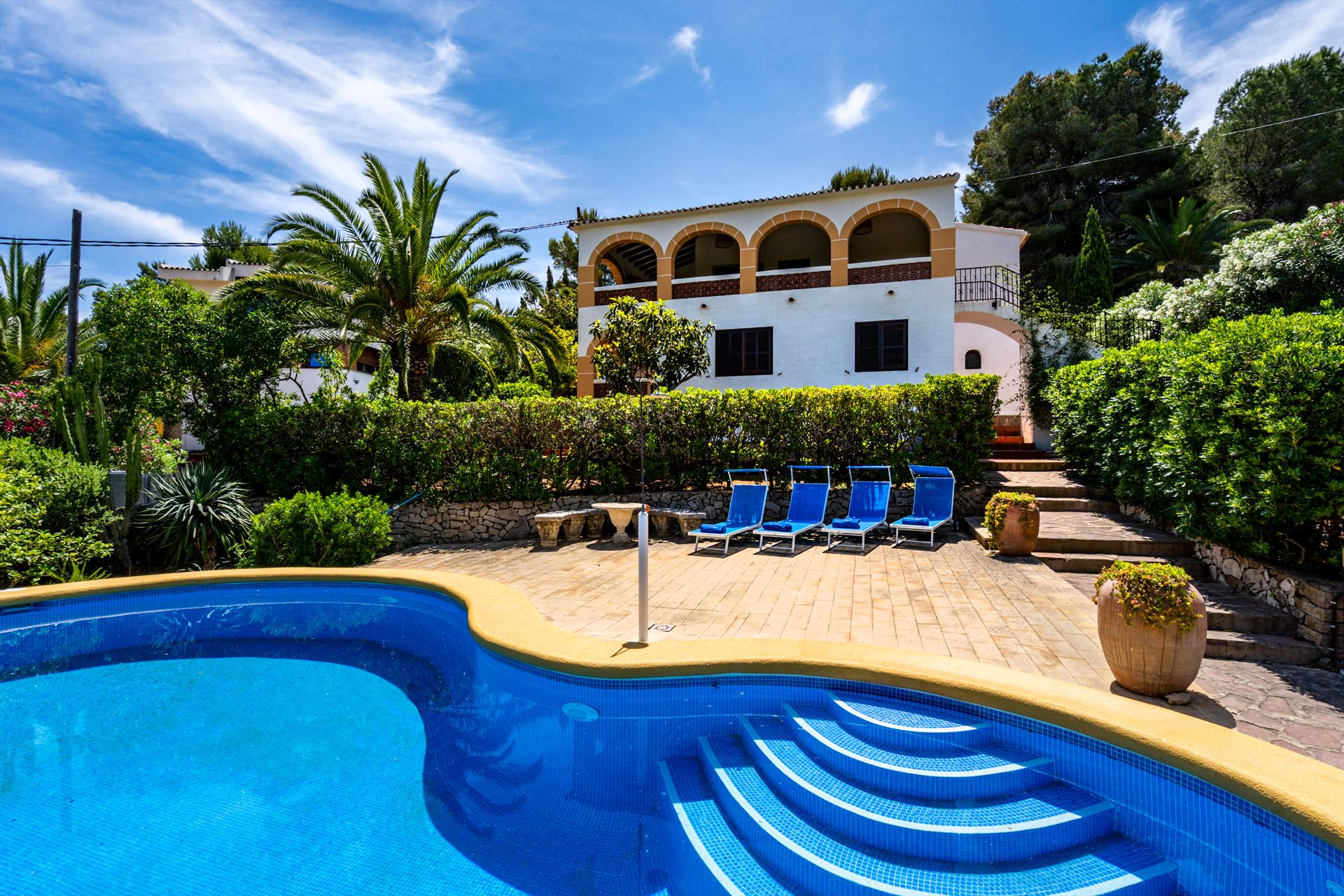 Villa Marta Denia, Rustic and classic villa in Denia, on the Costa Blanca, Spain with private pool for 6-7 persons. The house is situated in.....