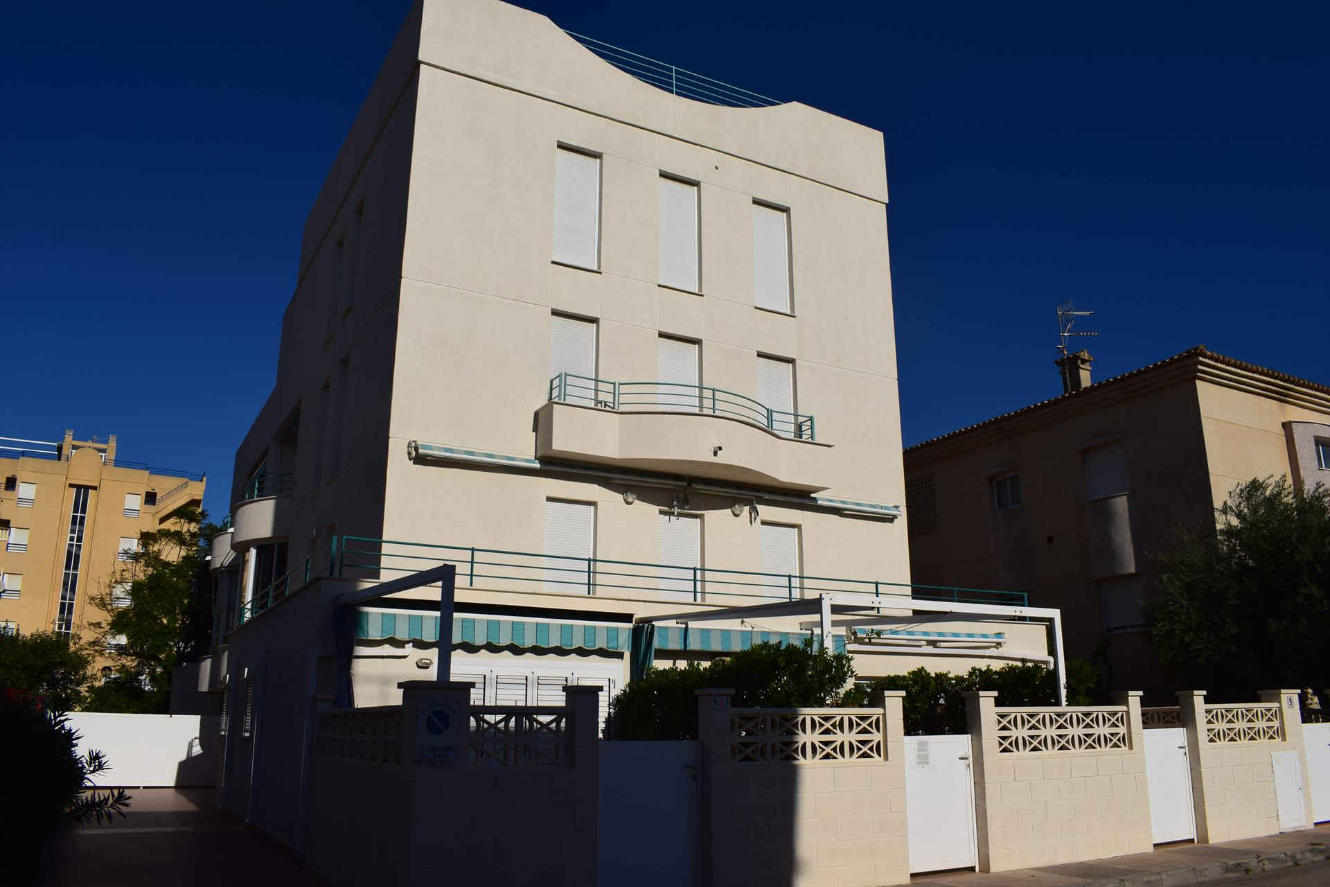 Cotlliure Sector 5 AP109, Modern and comfortable apartment in Oliva, on the Costa Blanca, Spain for 4 persons.....