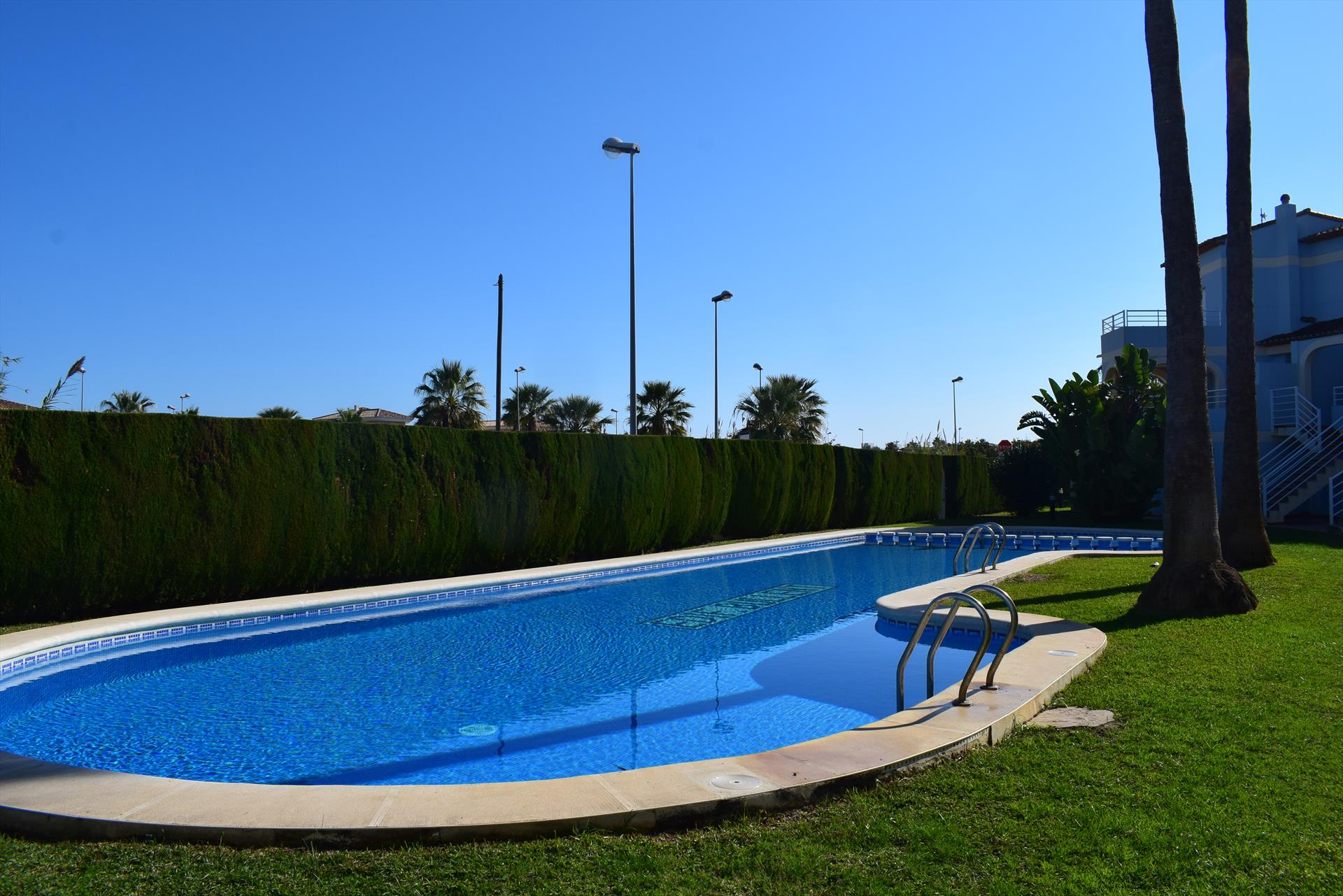 Bullent Playa Rabdells PB510, Classic and comfortable apartment  with communal pool in Oliva, on the Costa Blanca, Spain for 4 persons.....