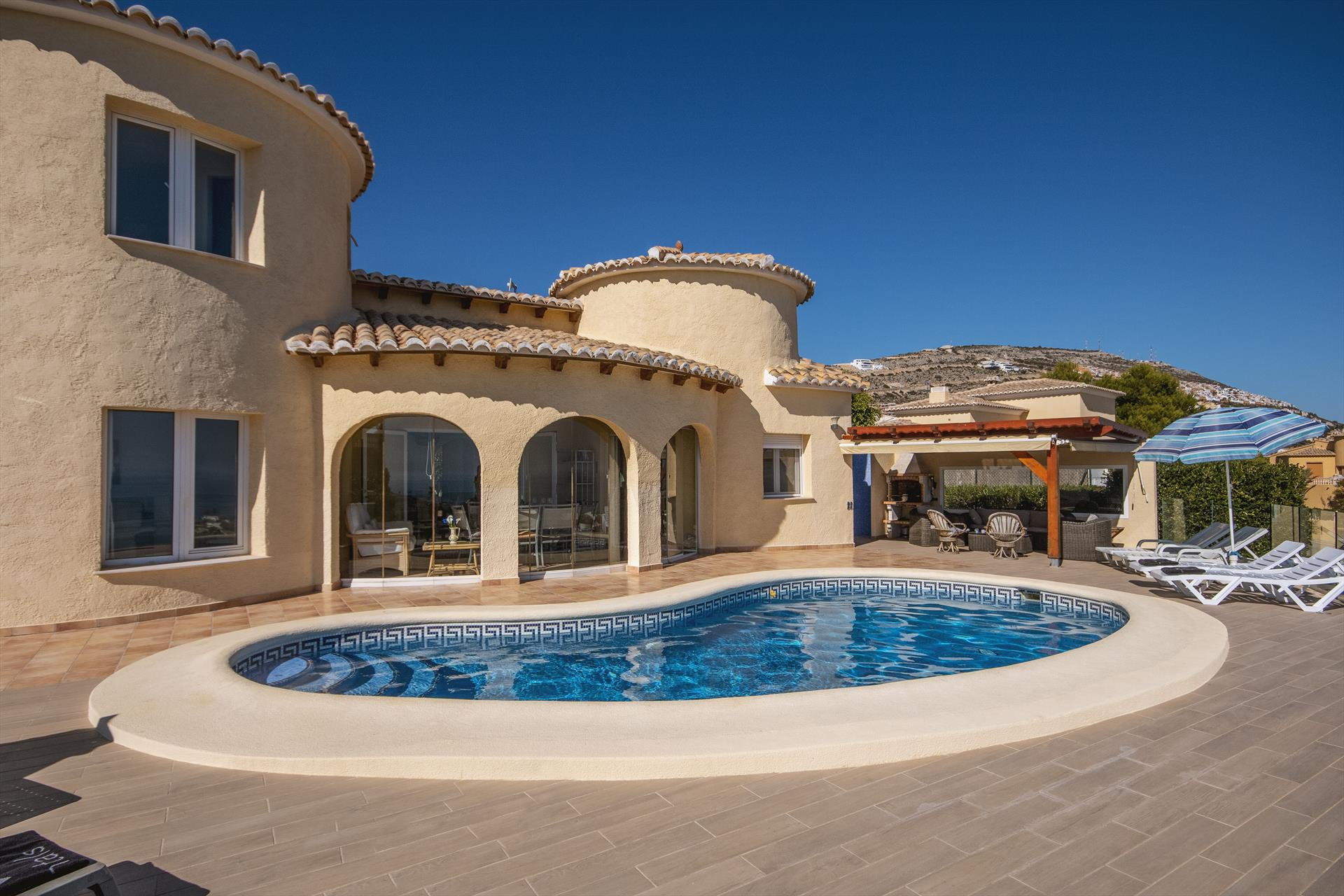 Carrevegas 4 pax, Large and nice villa in Benitachell, on the Costa Blanca, Spain  with private pool for 4 persons.....