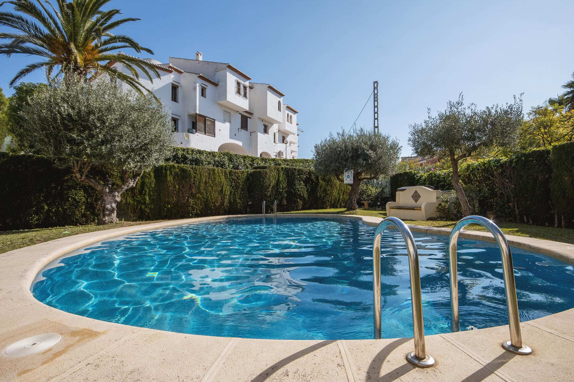 Anneliott, Classic and cheerful apartment in Javea, on the Costa Blanca, Spain for 4 persons...