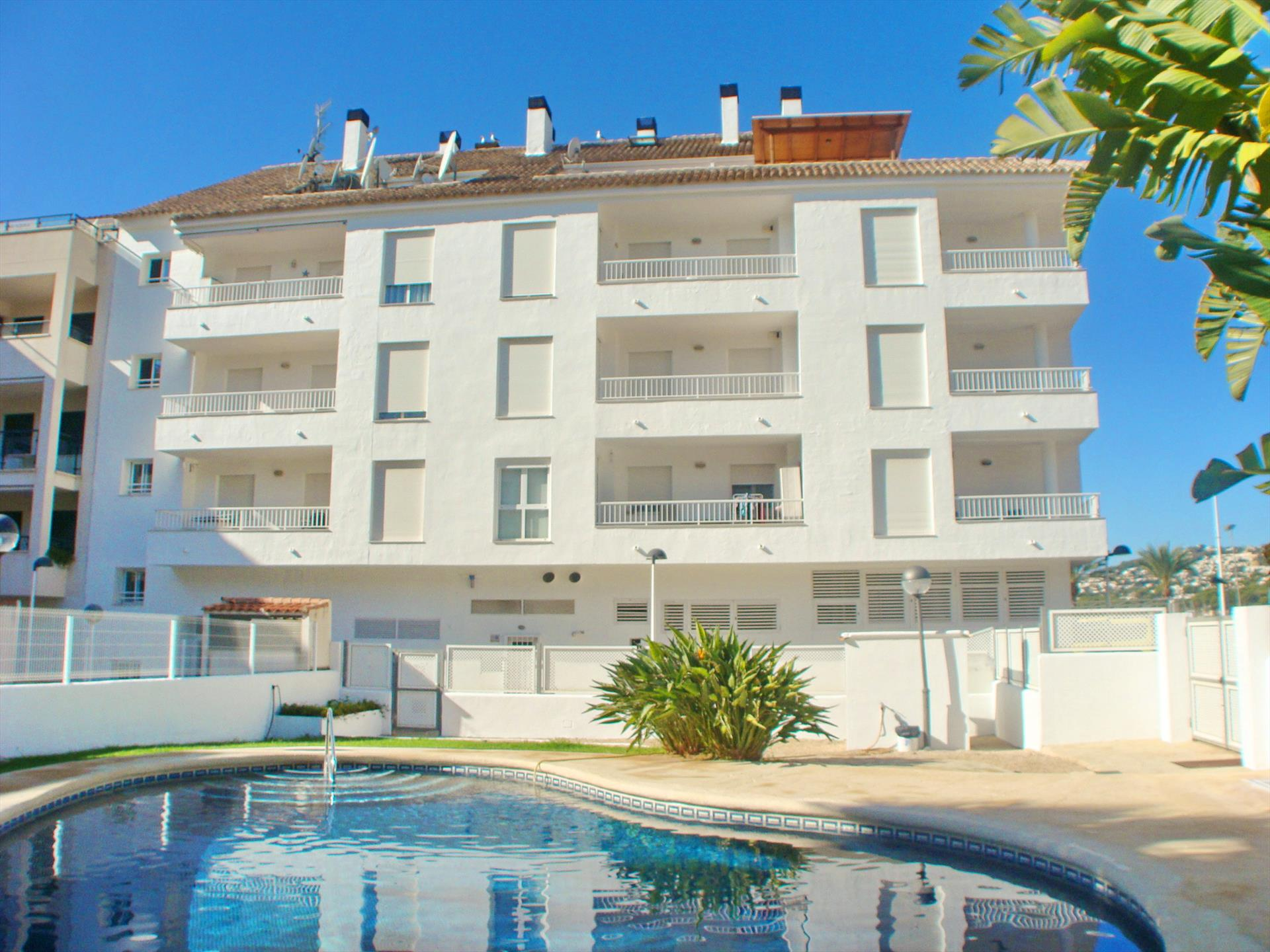 Sueño del Mar Solidays, Beautiful and cheerful apartment in Moraira, on the Costa Blanca, Spain  with communal pool for 4 persons.....