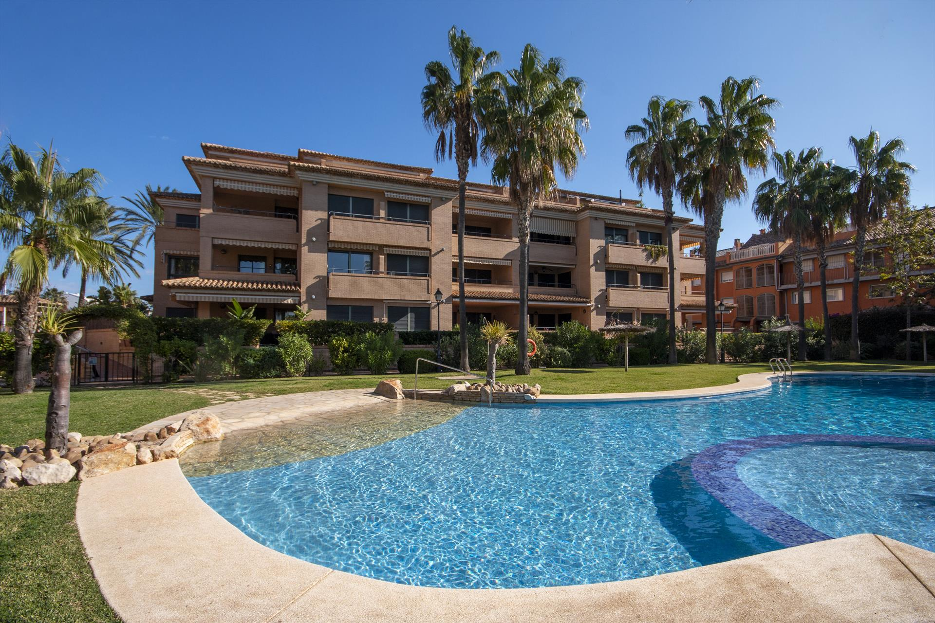 Avatar, Beautiful and cheerful apartment in Javea, on the Costa Blanca, Spain for 6 persons...