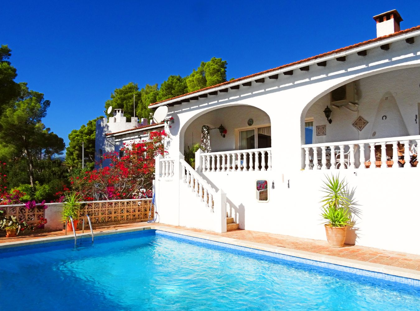 Casa Viviane, Wonderful and classic villa  with private pool in Altea, on the Costa Blanca, Spain for 13 persons.....