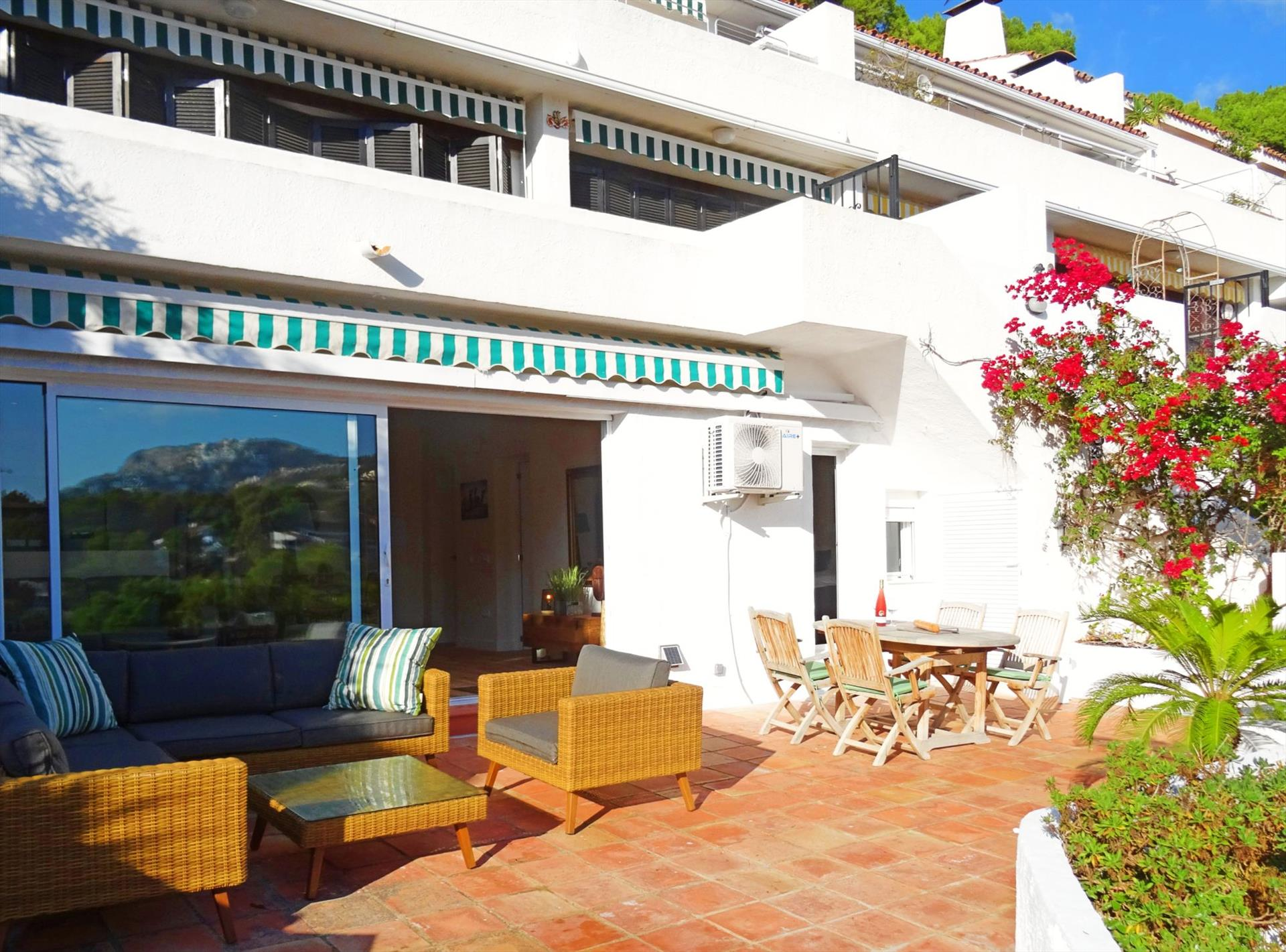 Don Cayo 21, Beautiful and comfortable apartment in Altea, on the Costa Blanca, Spain for 2 persons.....