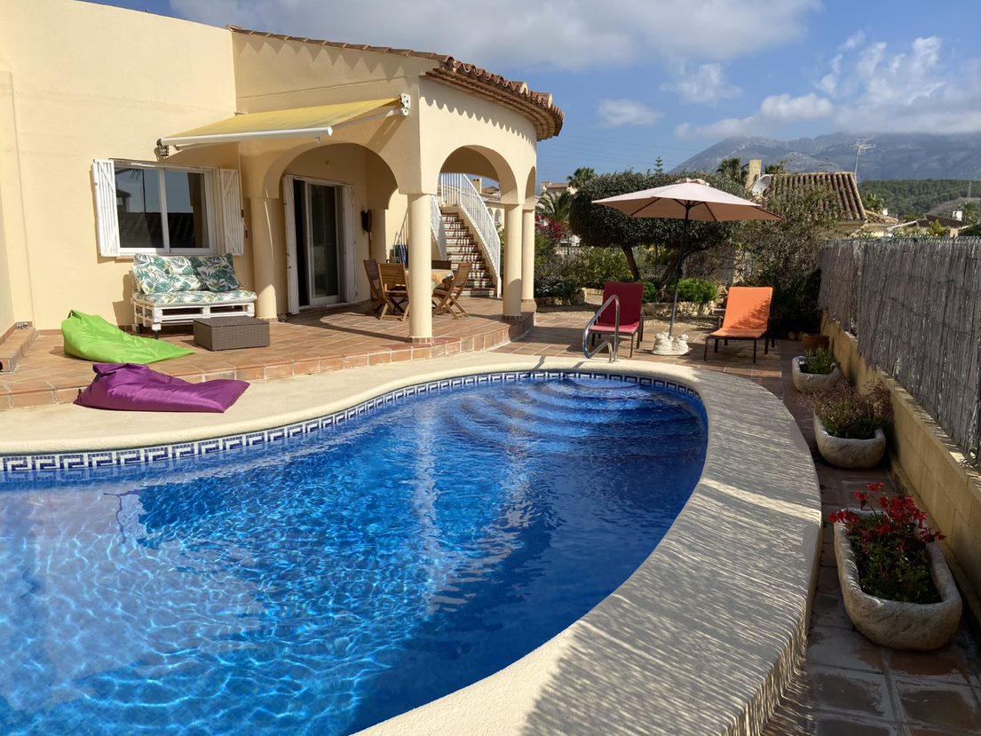 Libelle,Villa in Alfaz Del Pi, on the Costa Blanca, Spain  with private pool for 6 persons.....