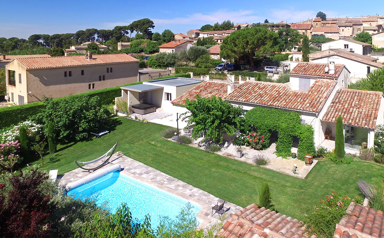 Maison des prés, Lovely and classic villa in Caromb, in the Provence, France  with private pool for 6 persons...