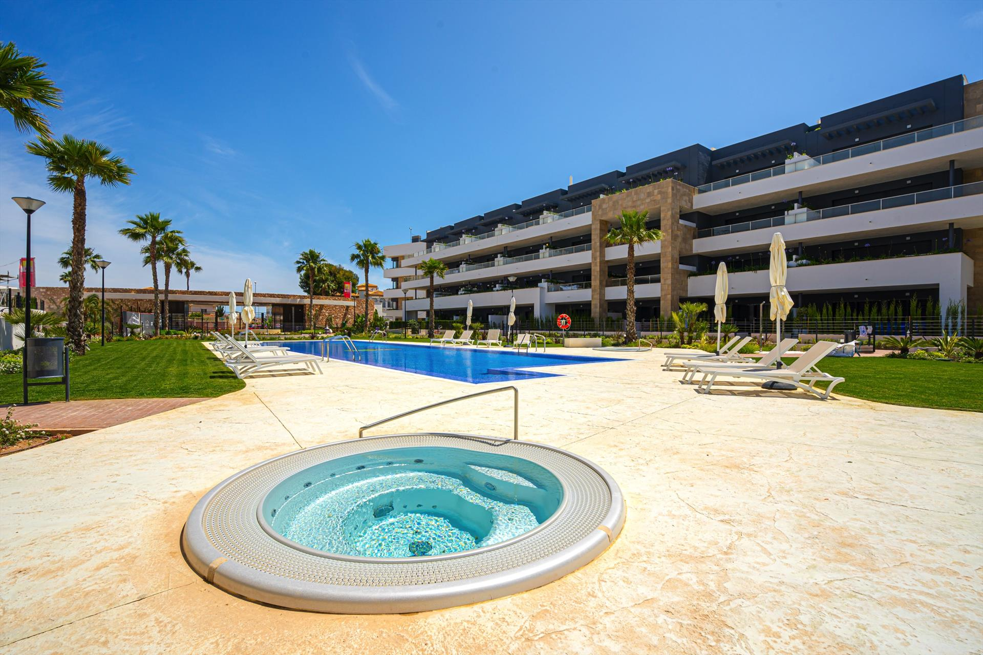 Jafralo,Modern apartment in Orihuela Costa, on the Costa Blanca, Spain  with communal pool for 4 persons.....