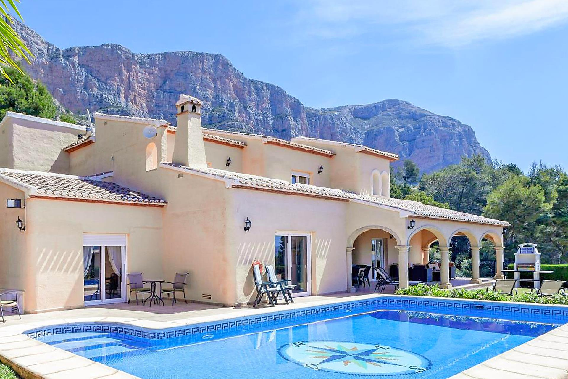 San Andres, Beautiful and comfortable villa in Javea, on the Costa Blanca, Spain  with heated pool for 8 persons.....