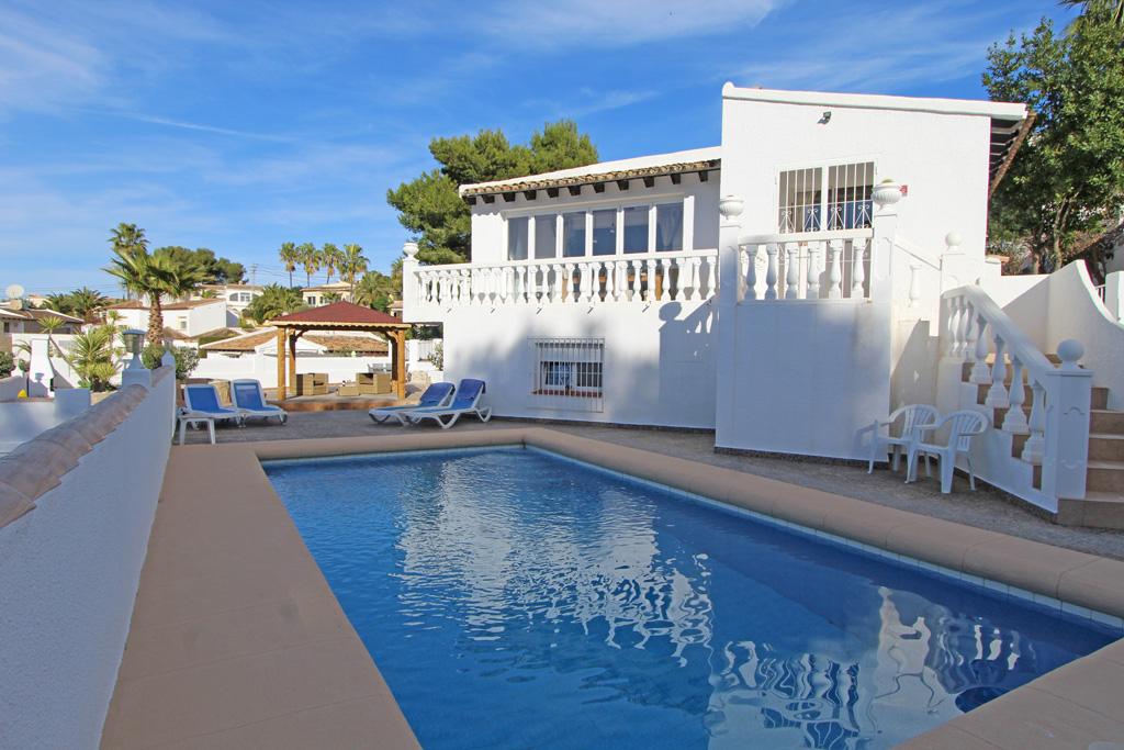 Villa Andrea,Villa preciosa y confortable  con piscina privada en Moraira, en la Costa Blanca, España para 6 personas...