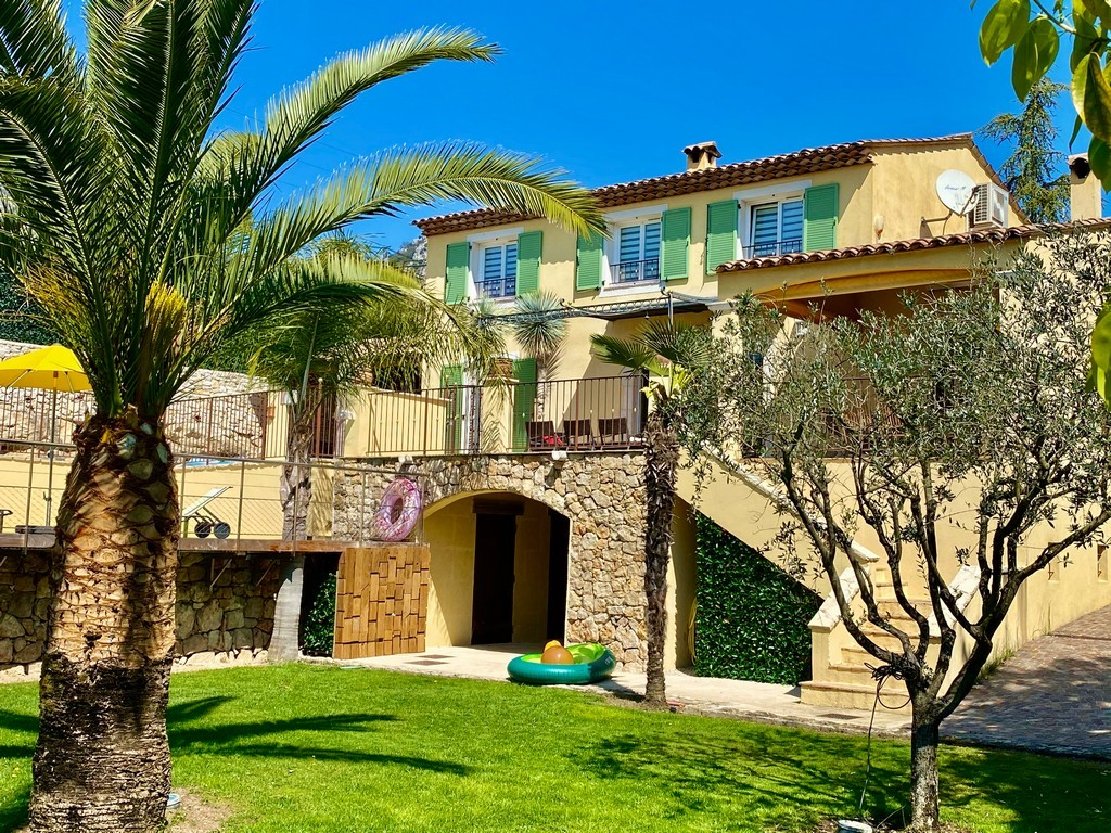 Villa de vence, Wonderful and classic villa  with heated pool in St Paul de Vence, on the Cote d'Azur, France for 10 persons...