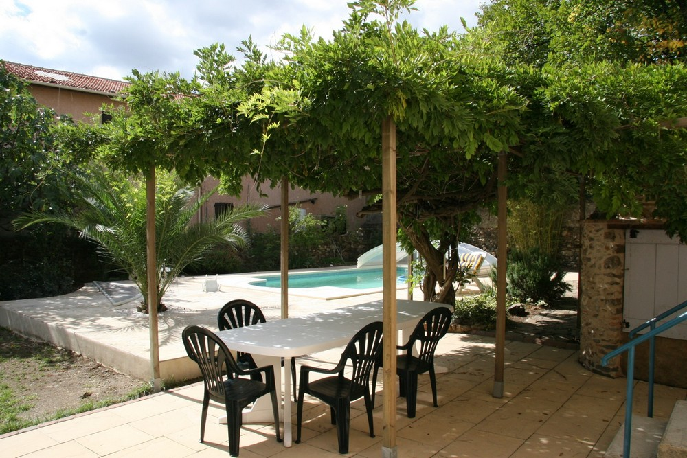 Ave de beziers, Classic and comfortable villa  with private pool in Laurens, Languedoc Roussillon, France for 8 persons...