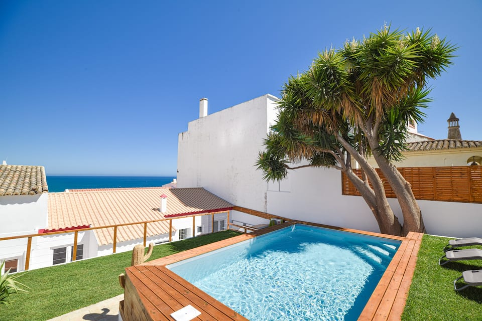 Villa Albufeira LS602,Wonderful villa in Albufeira, on the Algarve, Portugal  with private pool for 12 persons...