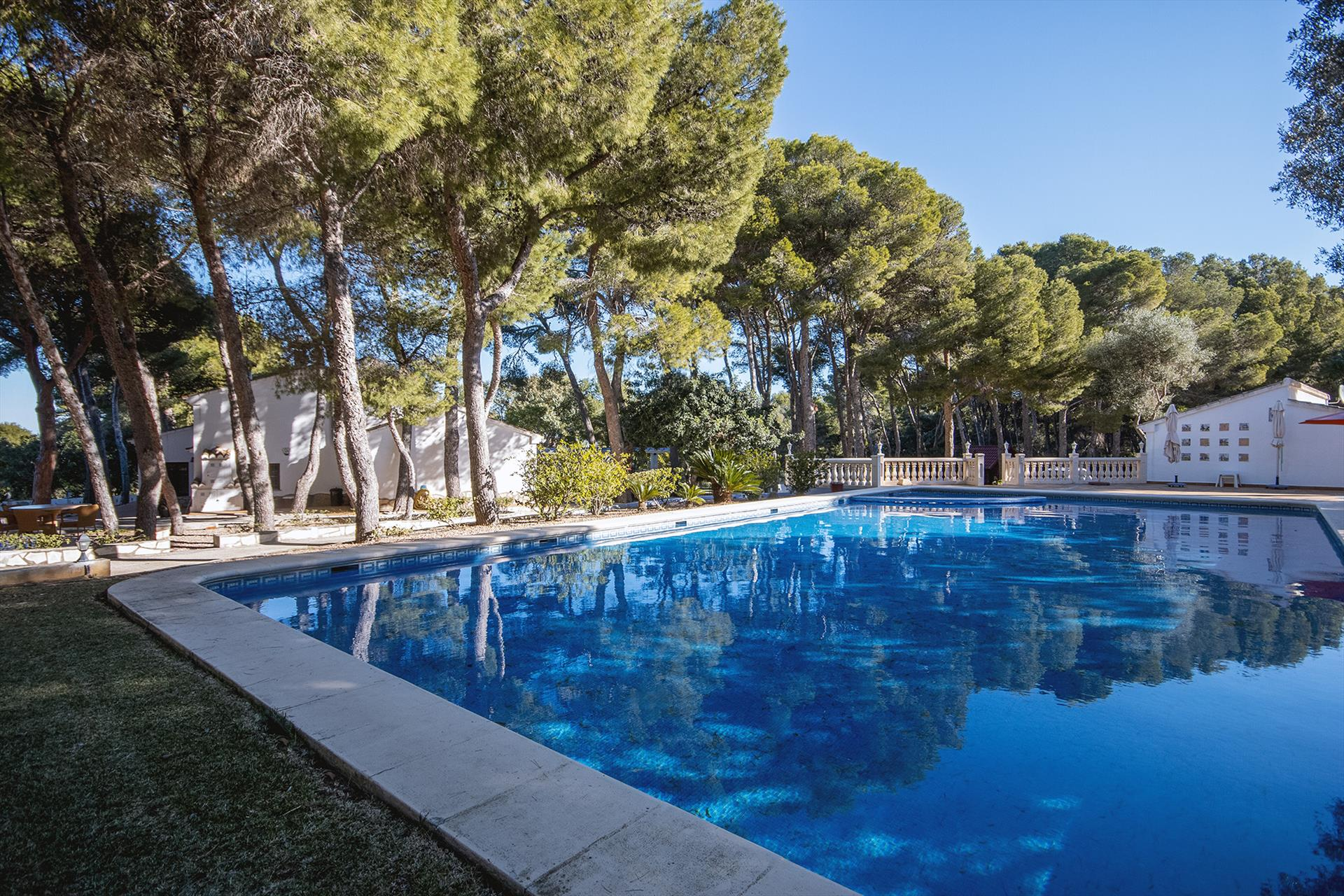 Rota Esperanza 6 pax, Large and classic villa in Denia, on the Costa Blanca, Spain  with private pool for 6 persons.....