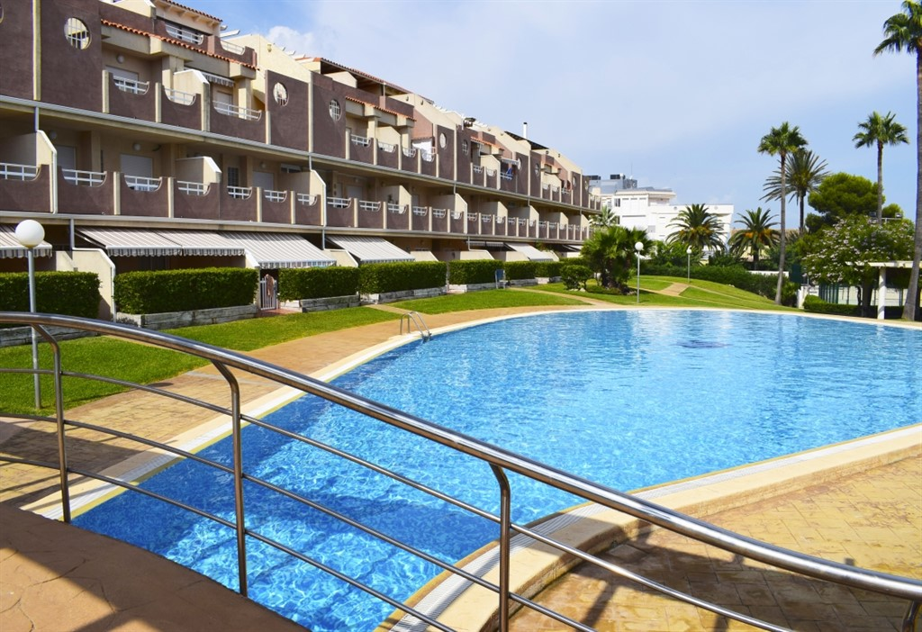 Paraiso 2 Nova Denia PB3201, Large and comfortable apartment in Denia, on the Costa Blanca, Spain  with communal pool for 6 persons.....