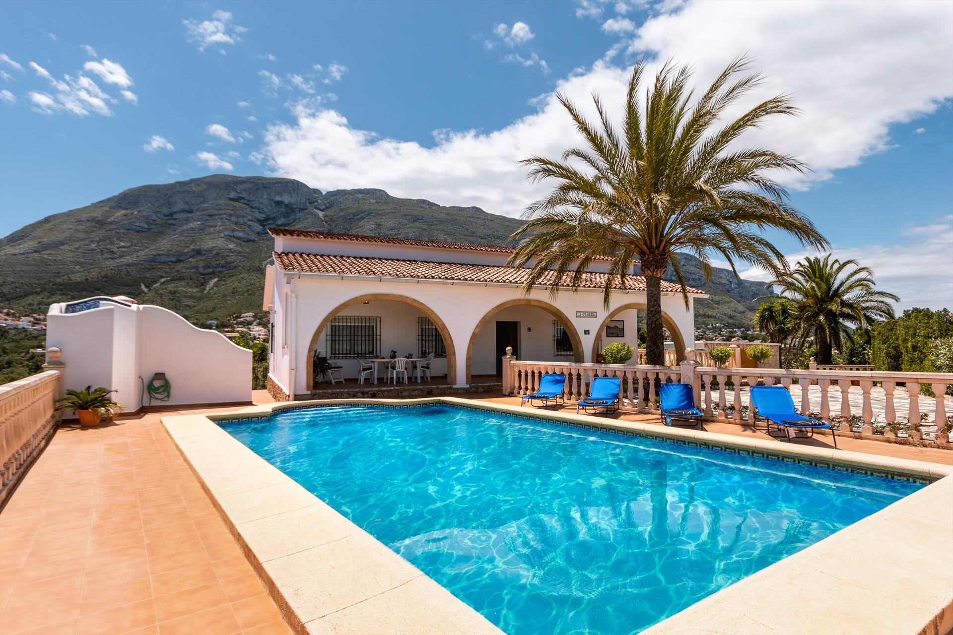 La Florida,Wonderful and romantic villa in Denia, on the Costa Blanca, Spain  with private pool for 8 persons.....
