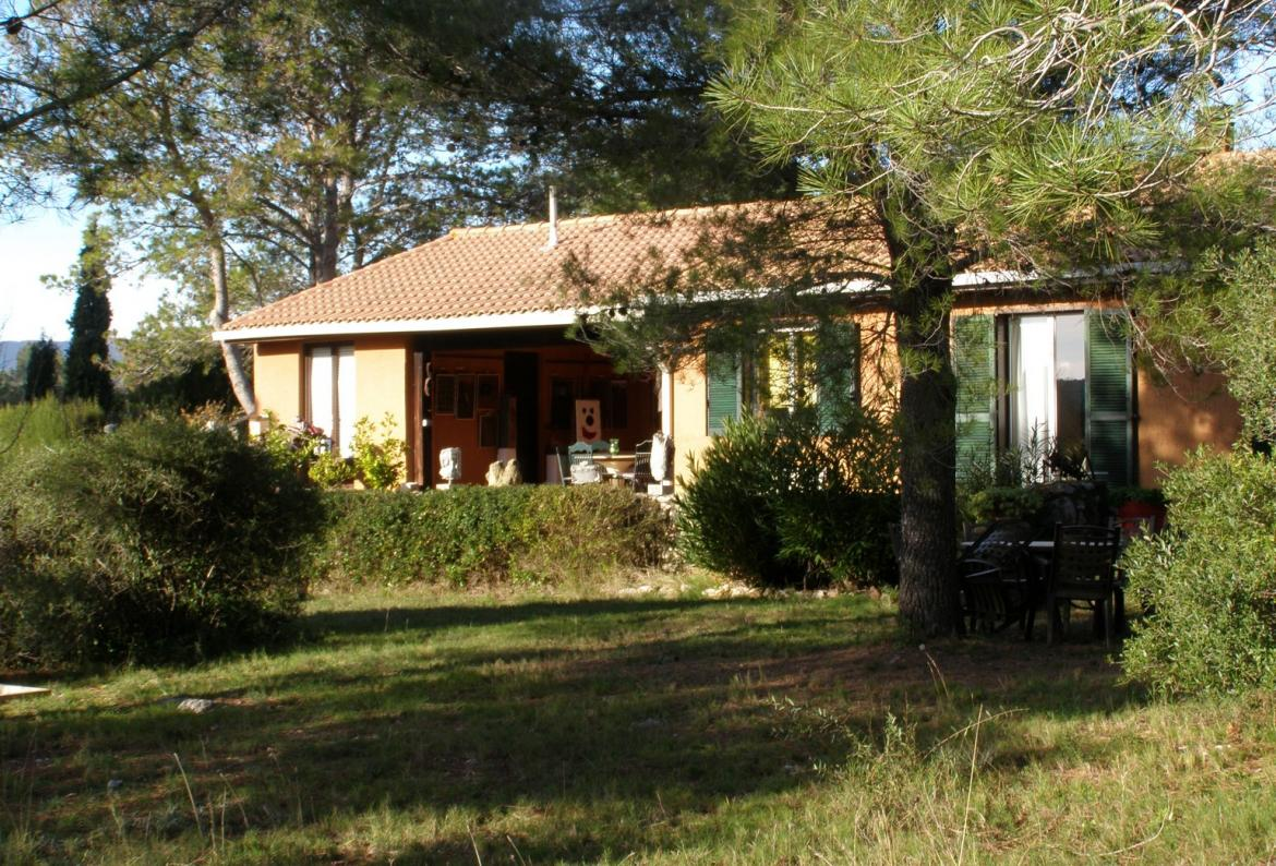 Les calades,Large and comfortable villa in Puisserguier, Languedoc Roussillon, France  with private pool for 6 persons...