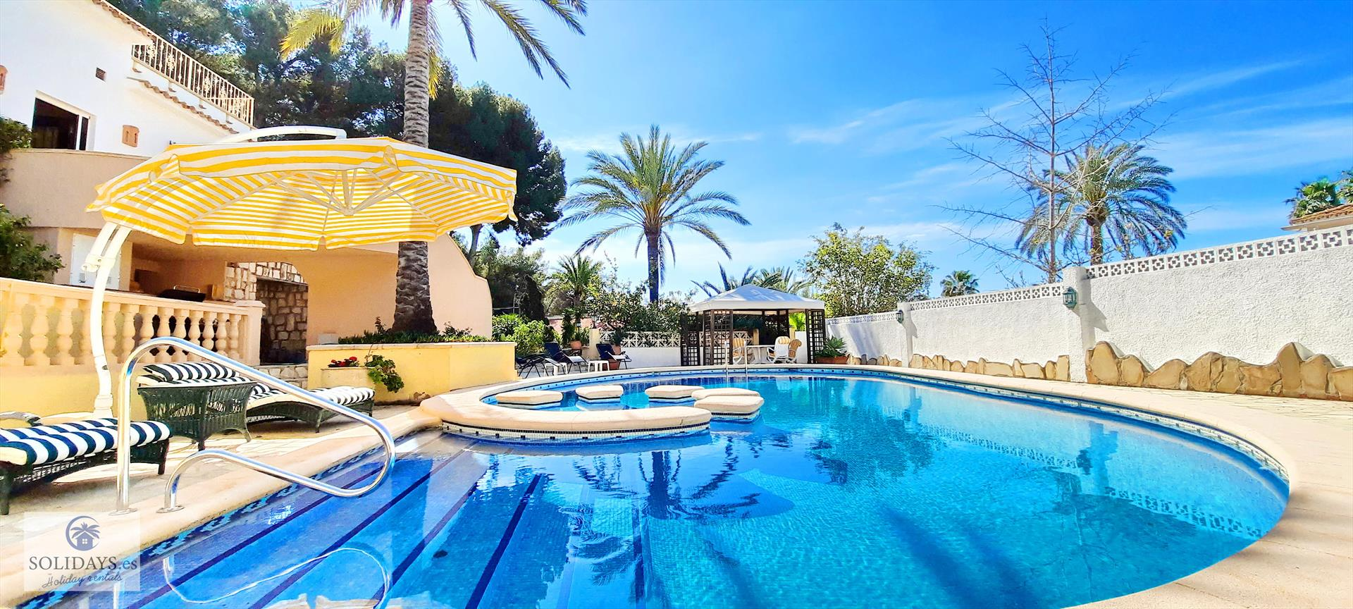 Villa Mar Azul, Lovely and  luxury villa in Moraira, on the Costa Blanca, Spain  with private pool for 8 persons.....