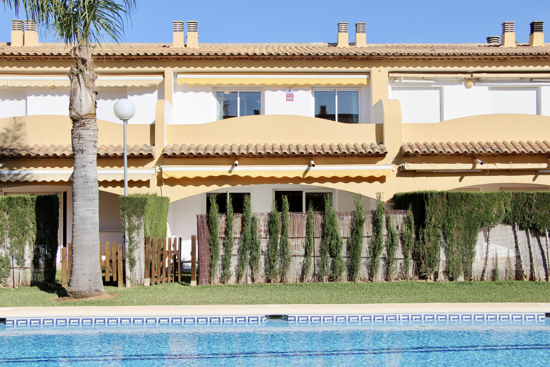 Larymar 79,Apartment in Denia, on the Costa Blanca, Spain  with communal pool for 8 persons.....