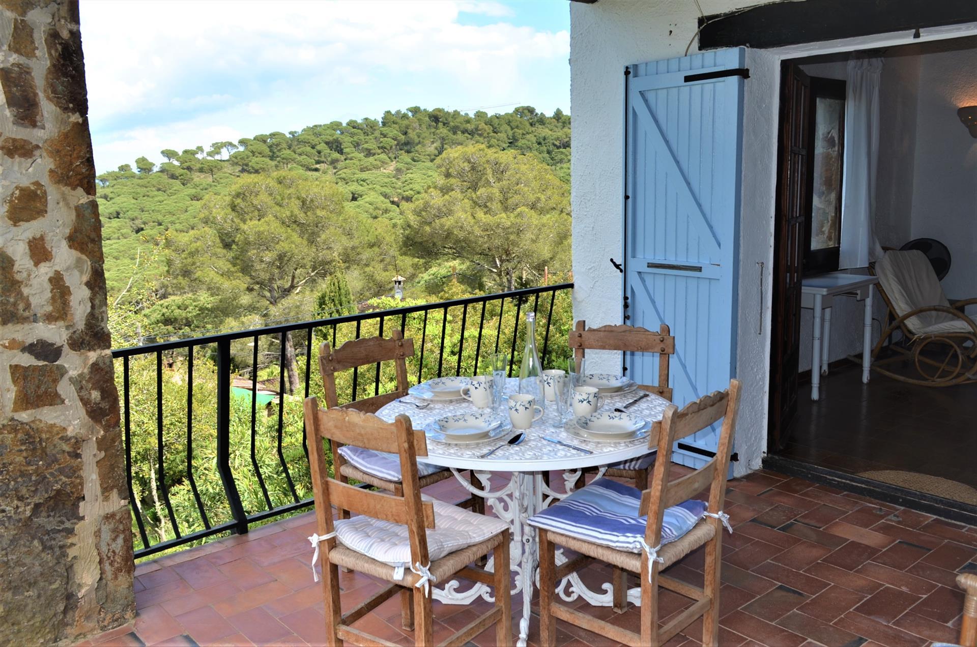 MINIPA casa tipo rùstica para 4 personas,Maison rustique et confortable à Begur, sur la Costa Brava, Espagne pour 4 personnes.....