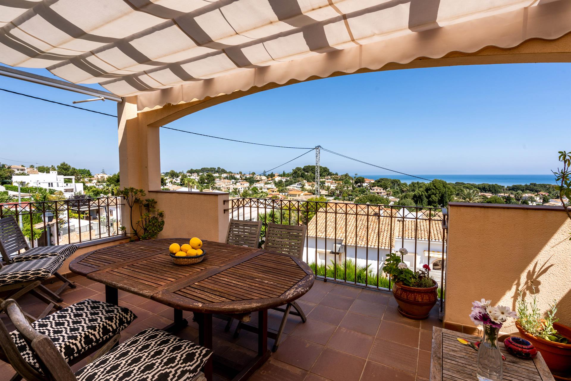 Casa Ann,Beautiful and comfortable house in Denia, on the Costa Blanca, Spain  with communal pool for 6 persons...