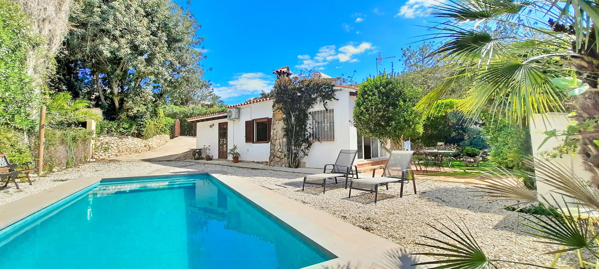 Villa El Nido,Classic and cheerful villa  with private pool in Moraira, on the Costa Blanca, Spain for 4 persons.....