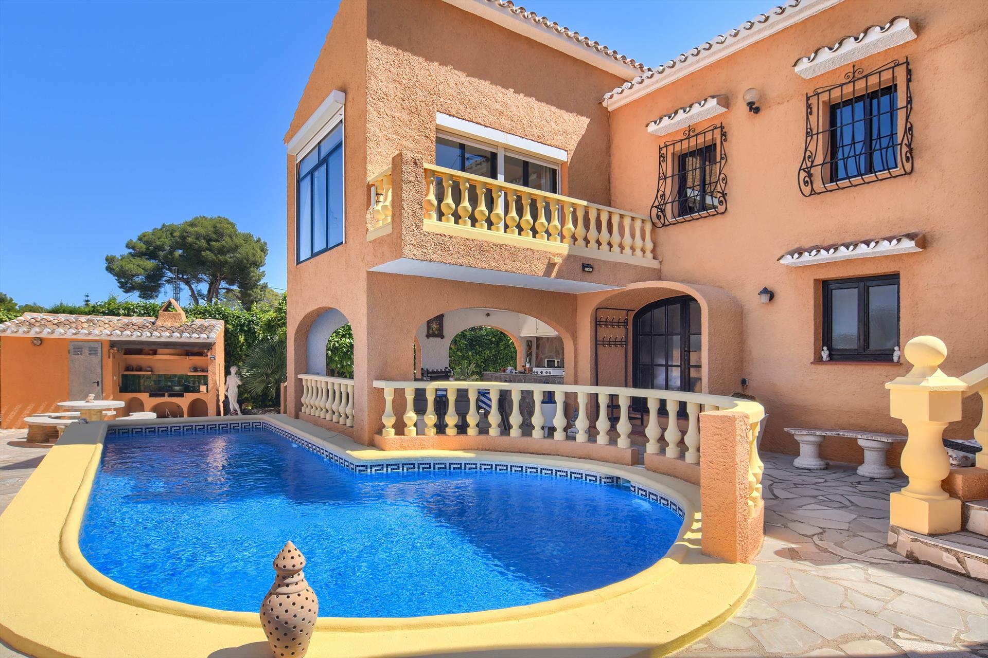 Veronica,Villa bonita y acogedora en Javea, en la Costa Blanca, España  con piscina privada para 6 personas.....